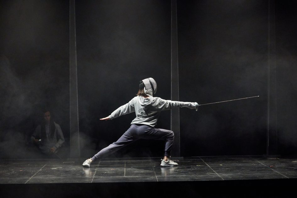 Photo of Tessa Parr in fencing outfit as Hamlet